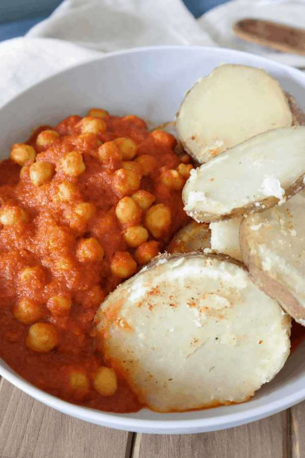 healthy vegan curried chickpeas done in 25 minutes and budget friendly with high plant based protein
