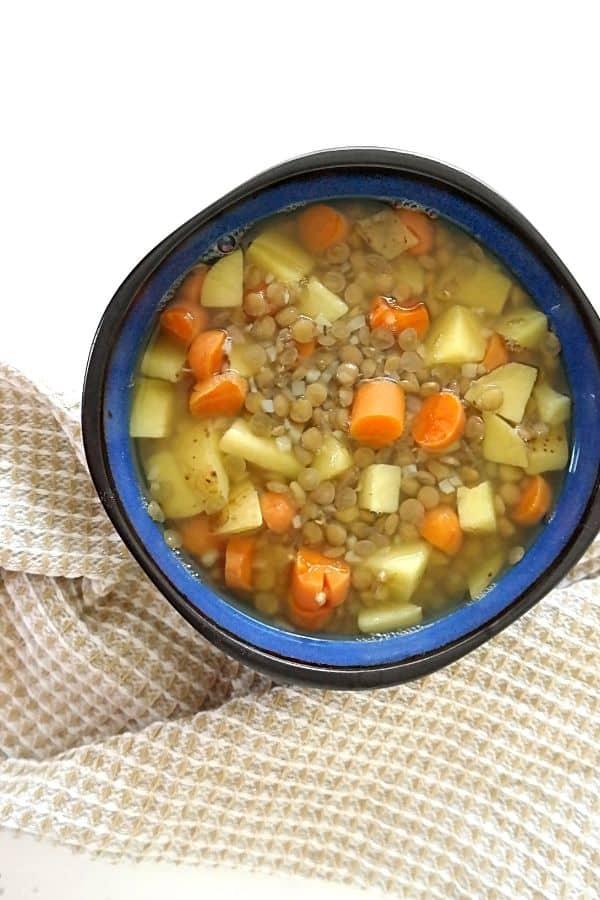 high protein easy vegan lentil soup