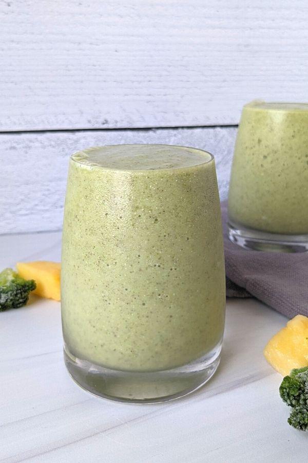 healthy vegan broccoli smoothie tropical flavor