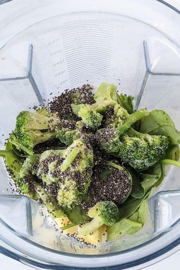 ingredients broccoli smoothie top view blender