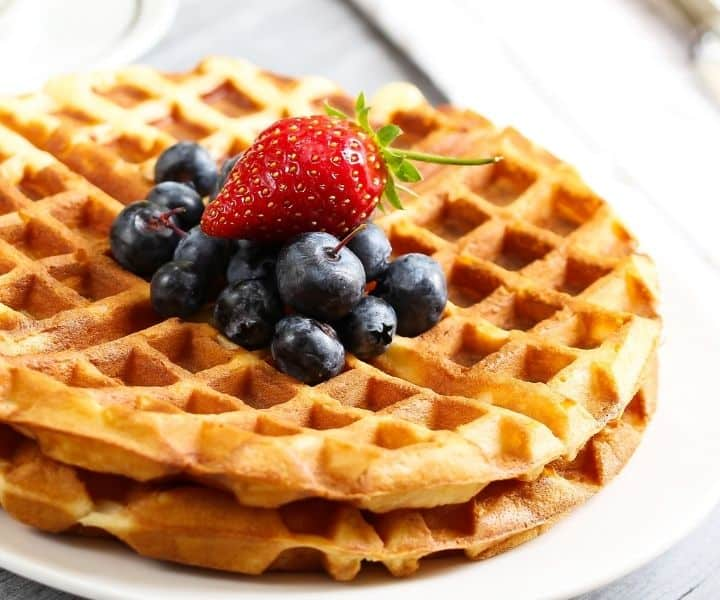 Gluten Free Vegan Waffle Recipe (3 Ingredients)
